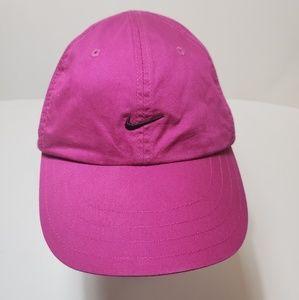 Nike fuchsia baseball cap